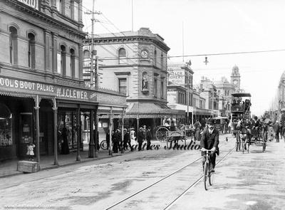 Man on the bike Elizabeth Street Hobart